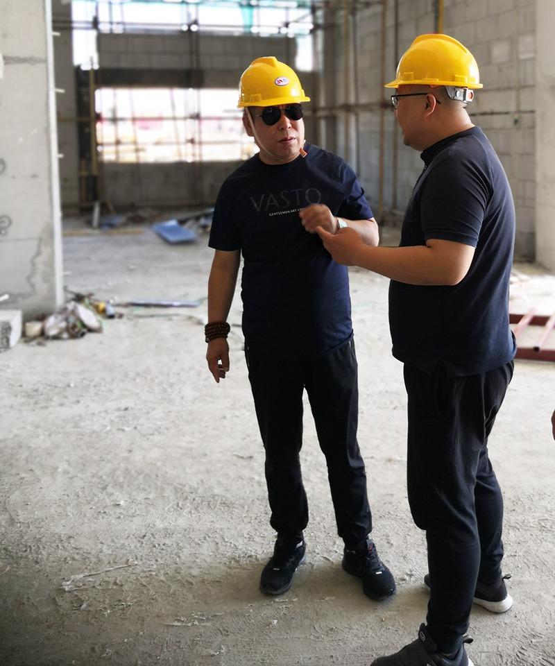 深入项目内部查看房屋结构